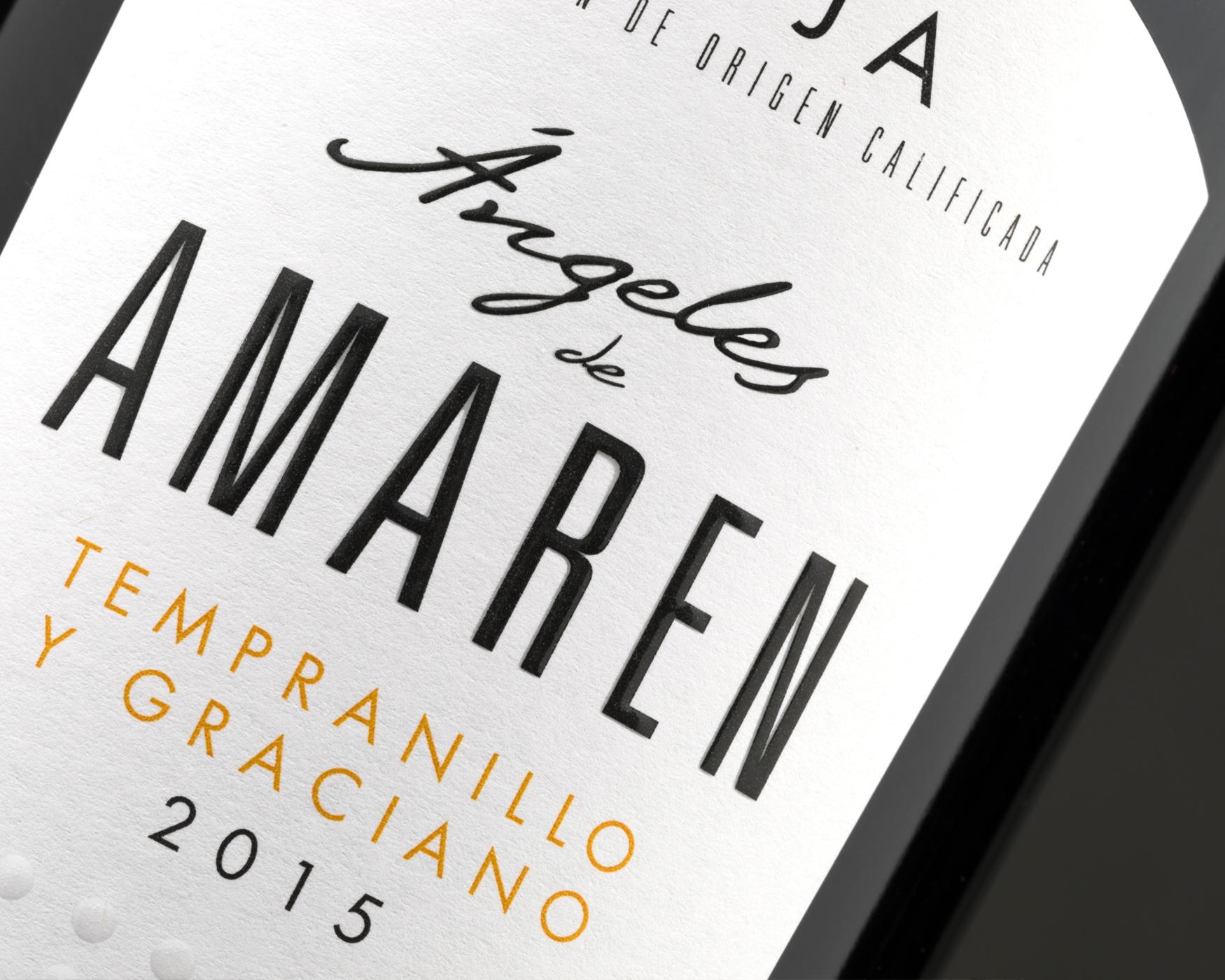 Angeles Amaren. Etiqueta de vino adhesiva. Labelgrafic.